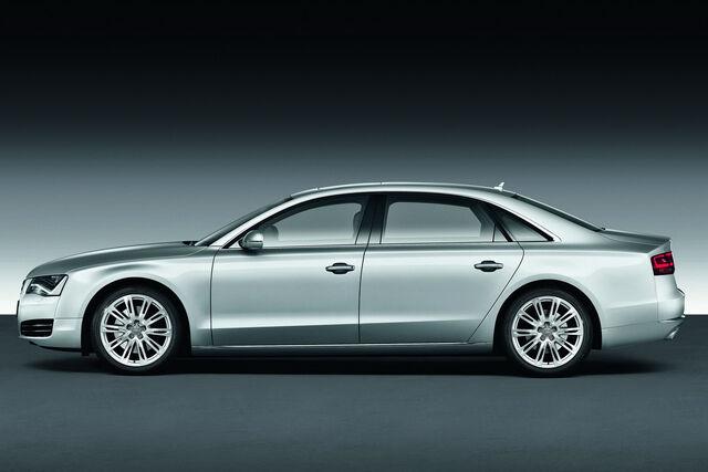 File:2011-Audi-A8-L-W12-15.jpg