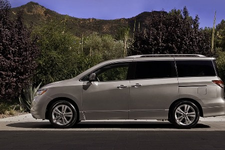 File:2011-Nissan-Quest-8small.jpg