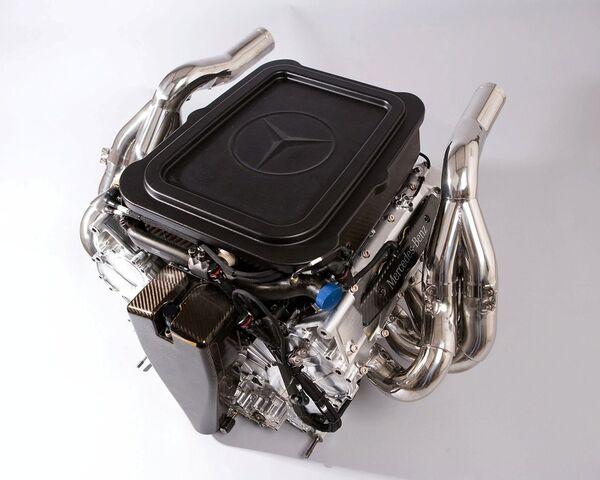 File:McLaren MP4-23 2.jpg