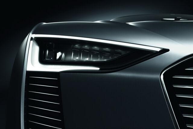 File:Audi-e-Tron-Spyder-30.JPG
