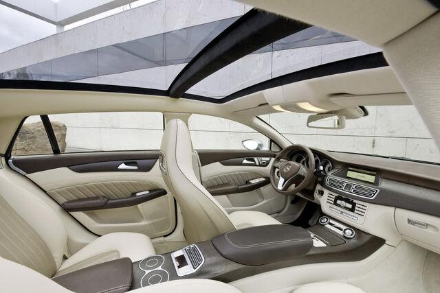 File:Mercedes-Benz-CLS-Shooting-Break-4.jpg
