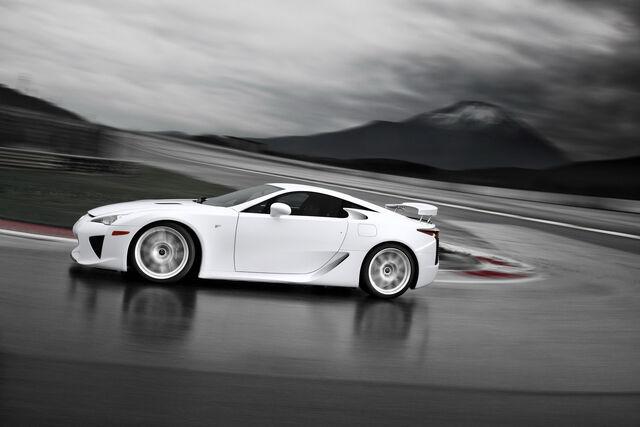 File:2012-Lexus-LFA-6.jpg