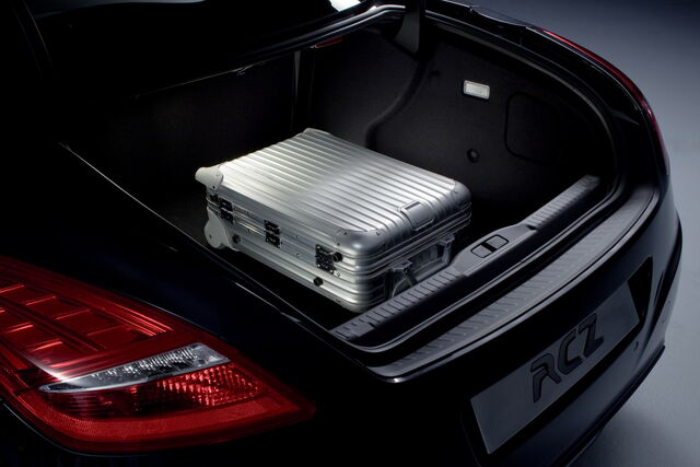 File:Peugeot-RCZ-Coupe-11.jpg