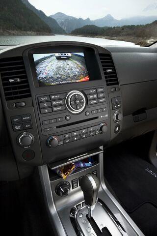 File:2011-Nissan-Pathfinder-Navara-25.jpg