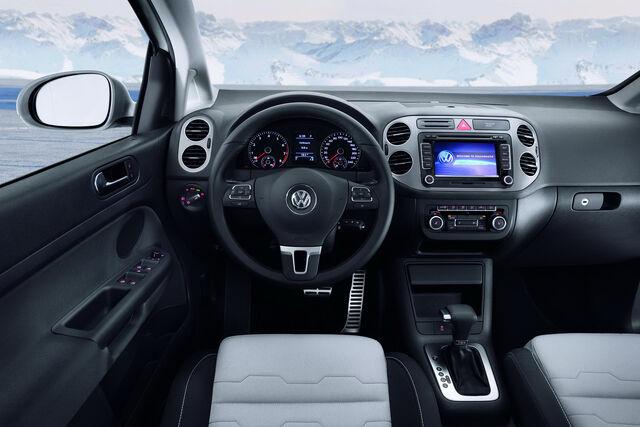 File:2010-VW-CrossGolf-4.jpg