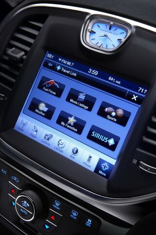 File:2011-Chrysler-300-5.JPG