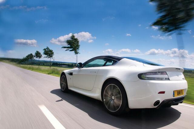 File:Aston=-Martin-N400-V8-Vantage-13.jpg