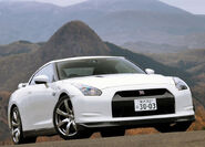 Nissan-GT-R 2008 3