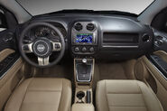 2011-Jeep-Compass-10