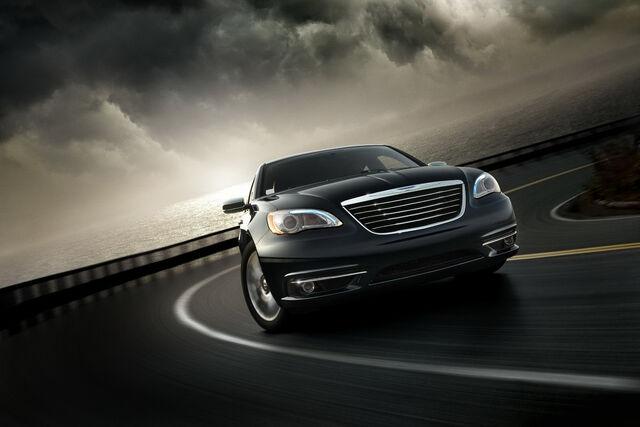 File:2011-Chrysler-200-11.JPG