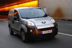 Peugeot-Bipper-10