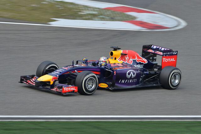 File:Sebastian Vettel 2014 China Race.jpg