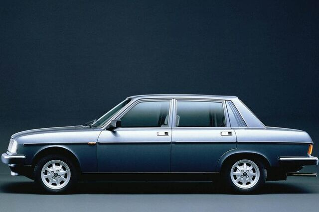 File:Lancia-Beta Trevi 2.0 VX 1982.jpg
