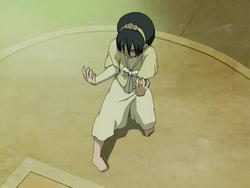 Toph's fighting stance.png