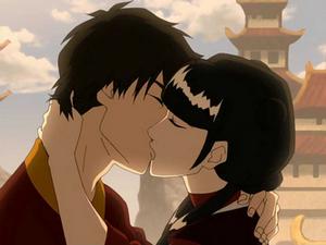 Zuko and Mai kissing