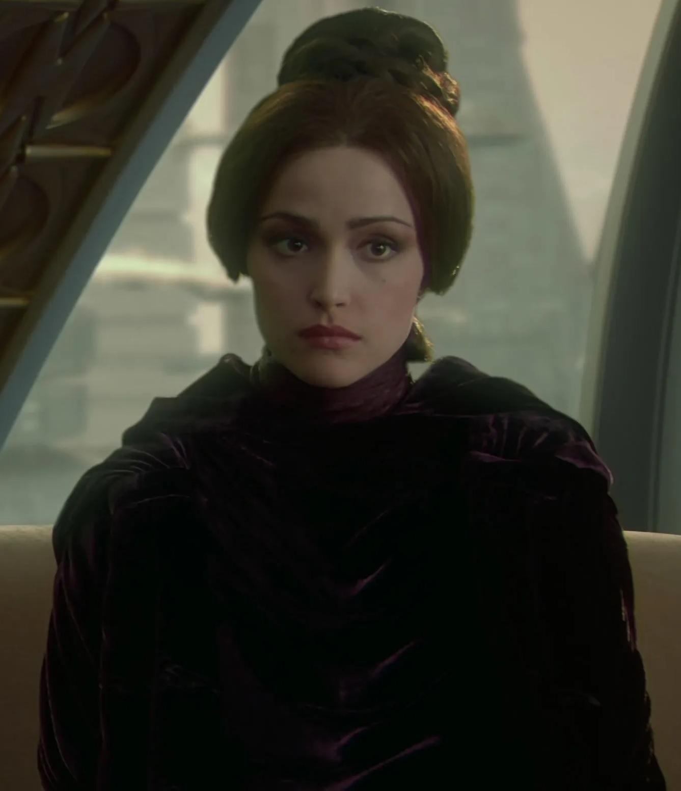 File:Rose Byrne as Dormé.jpg