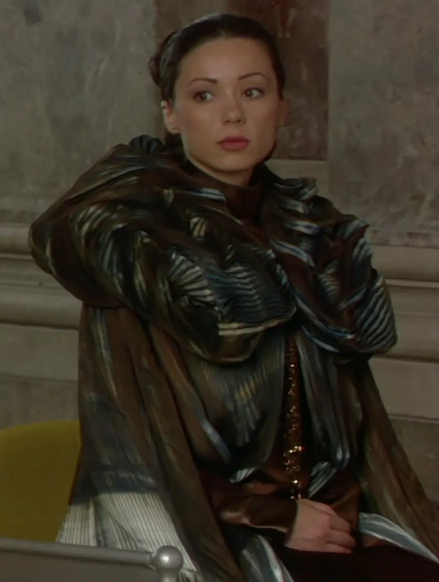 File:Josephine Alessio as Advisor to Queen Jamillia.jpg