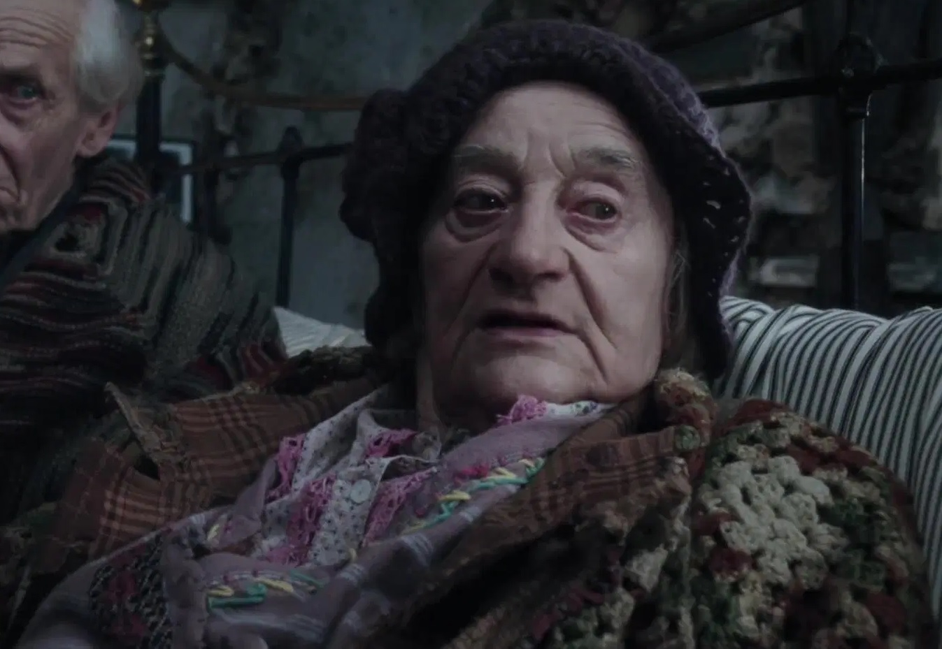 File:Liz Smith as Grandma Georgina.jpg