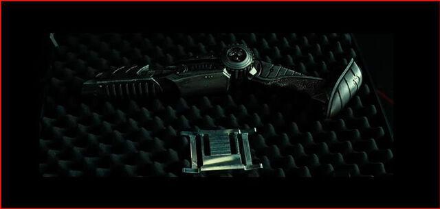 File:Predators plasma pistol.jpg