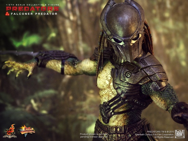 File:Falconer-Predator-by-Hot-Toys-01.jpg