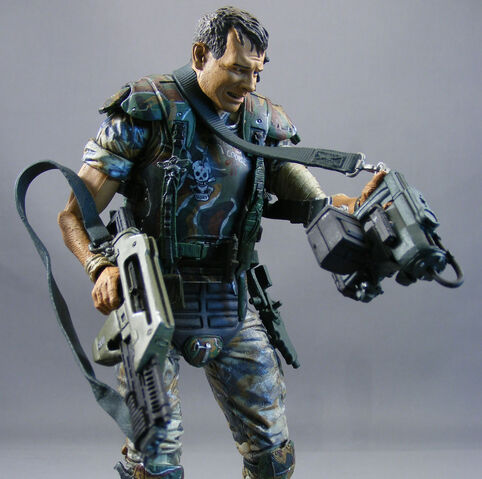 File:Aliens-hudson-neca-poe-ghostal-review-10.jpg