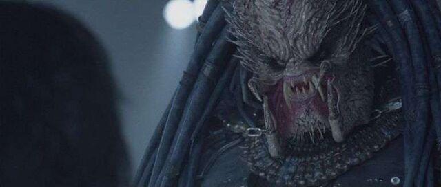 File:Starożytny Predator ,kadr z filmu ''Aliens vs Predator''.jpg