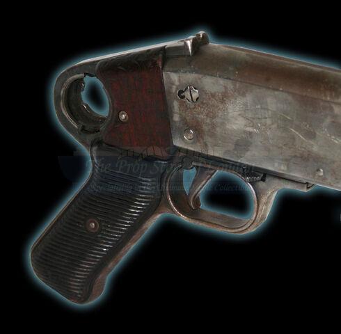 File:Hicks' Shotgun grip.jpg