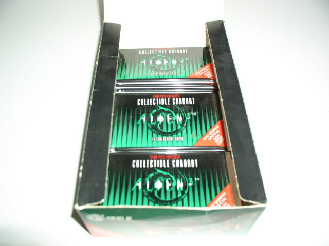 File:Alien 3 card box open.JPG