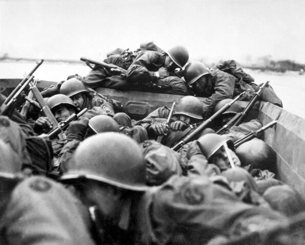 File:M1s in WWII.jpg