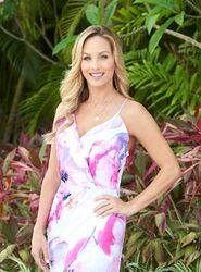 Clare (Bachelor in Paradise 2)
