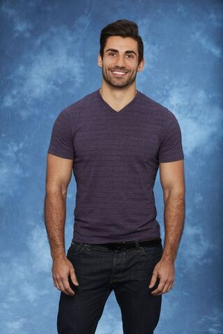 File:Alex (Bachelorette 13).jpg