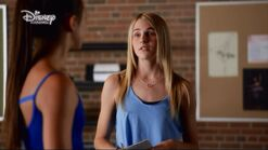 Vanessa Carly season 1 episode 4