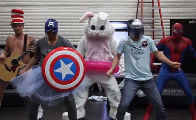File:Backstreet boys harlem shake.jpg
