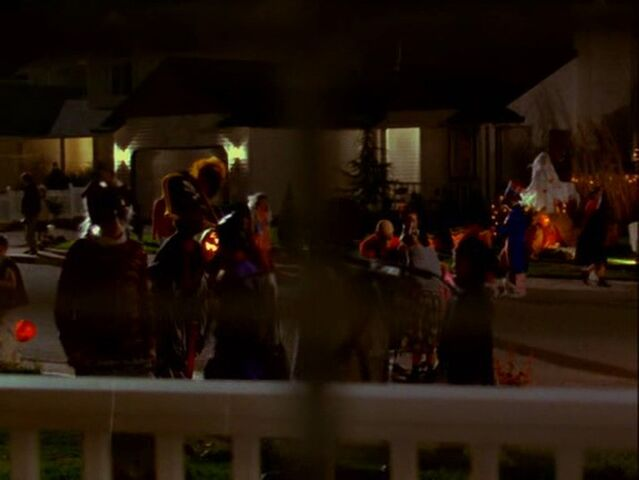 File:Halloweentown-disneyscreencaps.com-29.jpg
