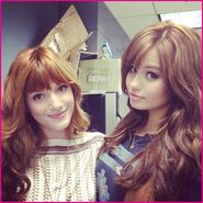 Bella-Thorne-Debby-Ryan