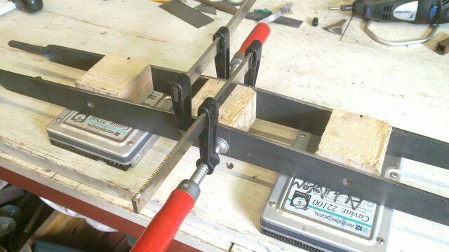 File:Assembling the little ladder - 04.jpg