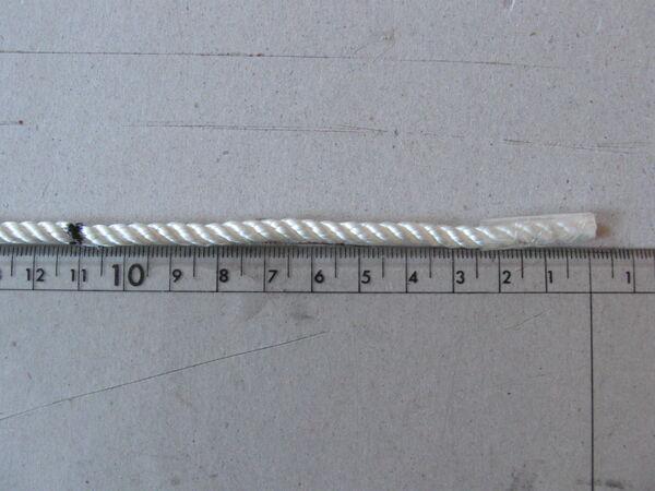 Making three-ply eye-splice - 01