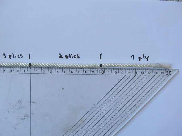 File:Making three-ply eye-splice - 19.jpg