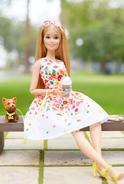 TheBarbieLook Barbie Doll (DVP55) 2
