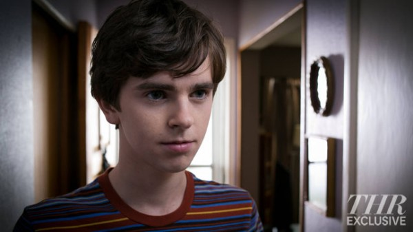 File:Norman bates 2.jpeg