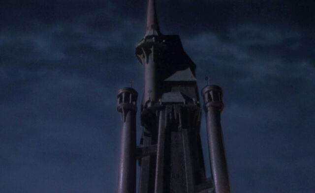 File:Batman (1989) - Gotham Cathedral.jpg
