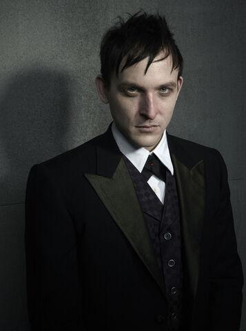 File:The Penguin-Gotham3.jpg