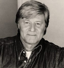 File:Martin Jarvis.png