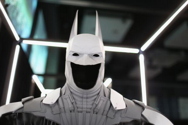 File:SDCC2014-Batman-Cape-Cowl create Art Exhibit 452635936.jpg