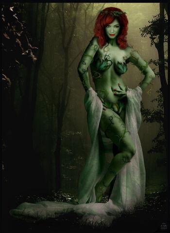 File:Xtina Hendricks as Poison Ivy by Ciro1984.jpg