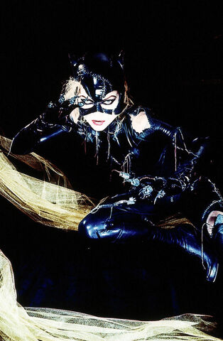 File:Batman Returns - Catwoman 3.jpg