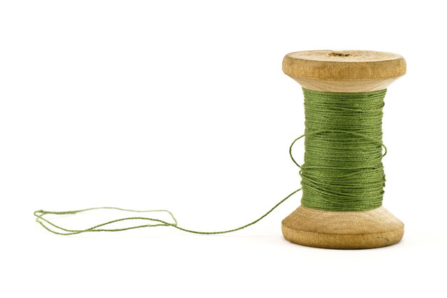 File:Green thread.jpg