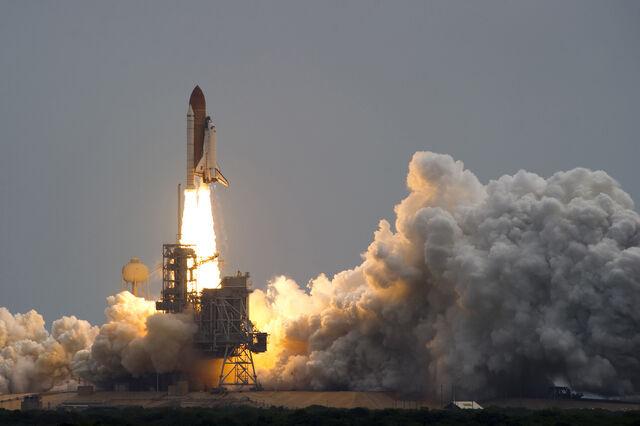 File:Space Shuttle Alantis.jpg