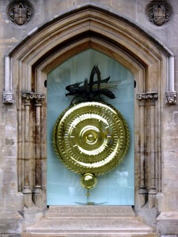 File:Chronophage Day.jpg
