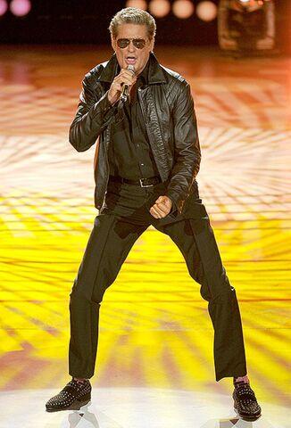 File:David Hasselhoff-Performing.jpg
